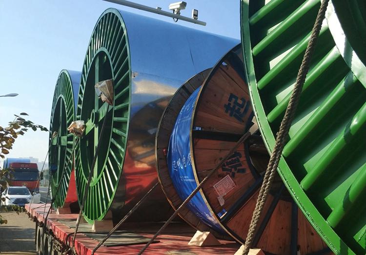 起帆超高压电缆送工地